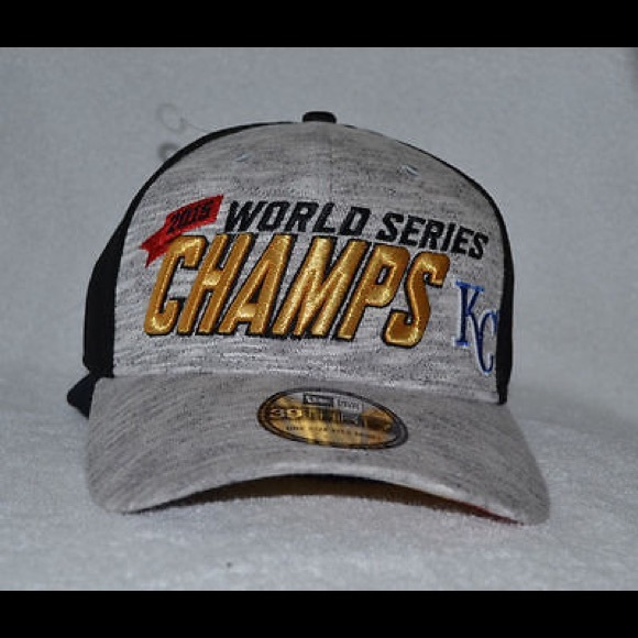 new product d08bb ca130 KANSAS CITY ROYALS 2015 WORLD SERIES CHAMPS FITTED.  M 5bebc2102beb79e2e2024c36